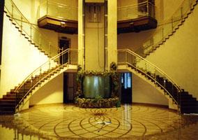 Ограждения лестниц, площадок, атриумов